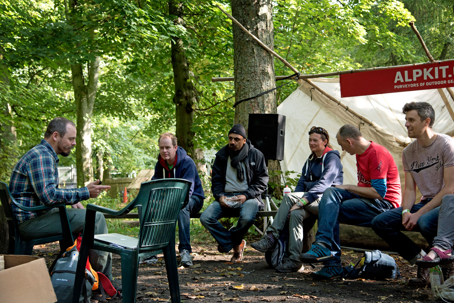 People at a class during the Alpkit Big Shakeout 2015