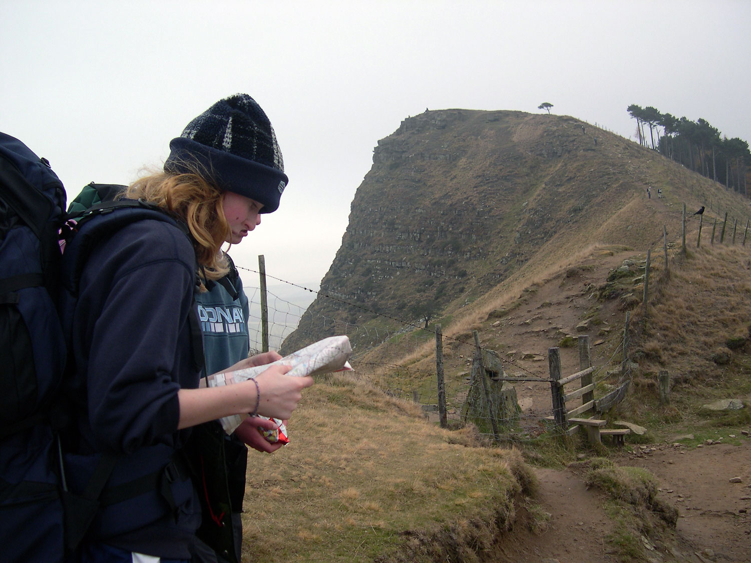 2 pupils map reading on Duke of Edinburgh