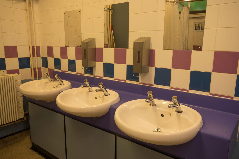 Thornbridge Outdoors, Lodge, Female Toilet and Shower
