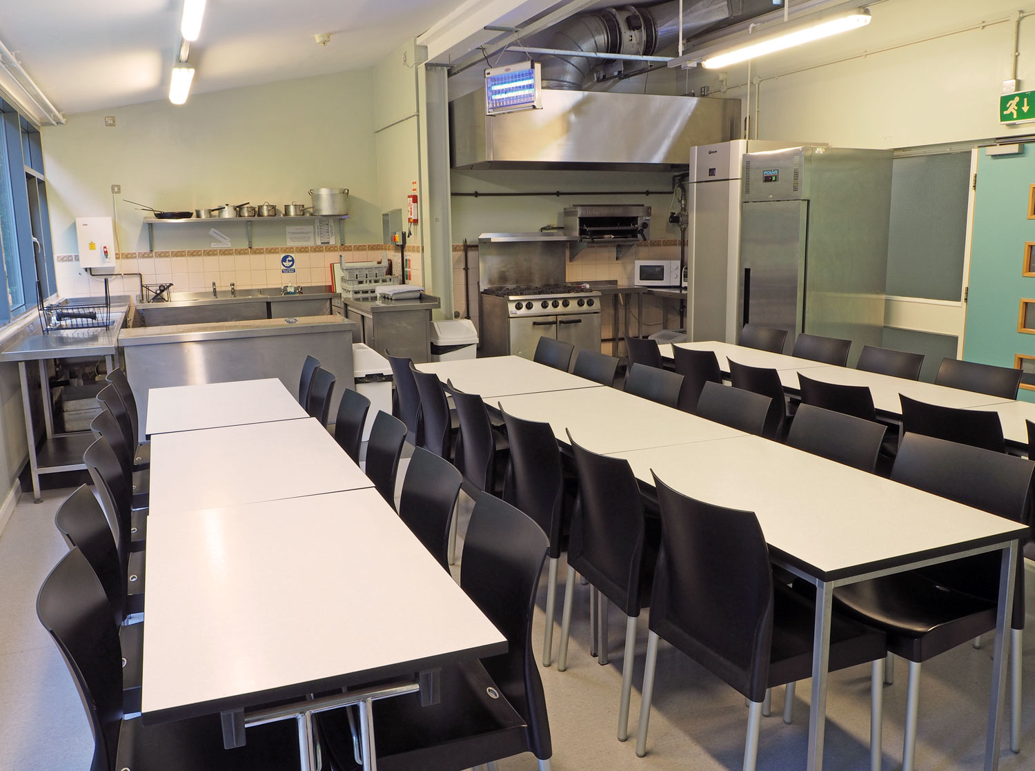 Thornbridge Outdoors, Lodge, Kitchen and Dining Room