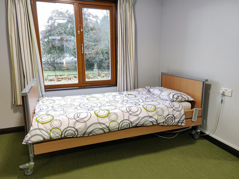 Thornbridge Outdoors, Woodlands, Profiling Bed