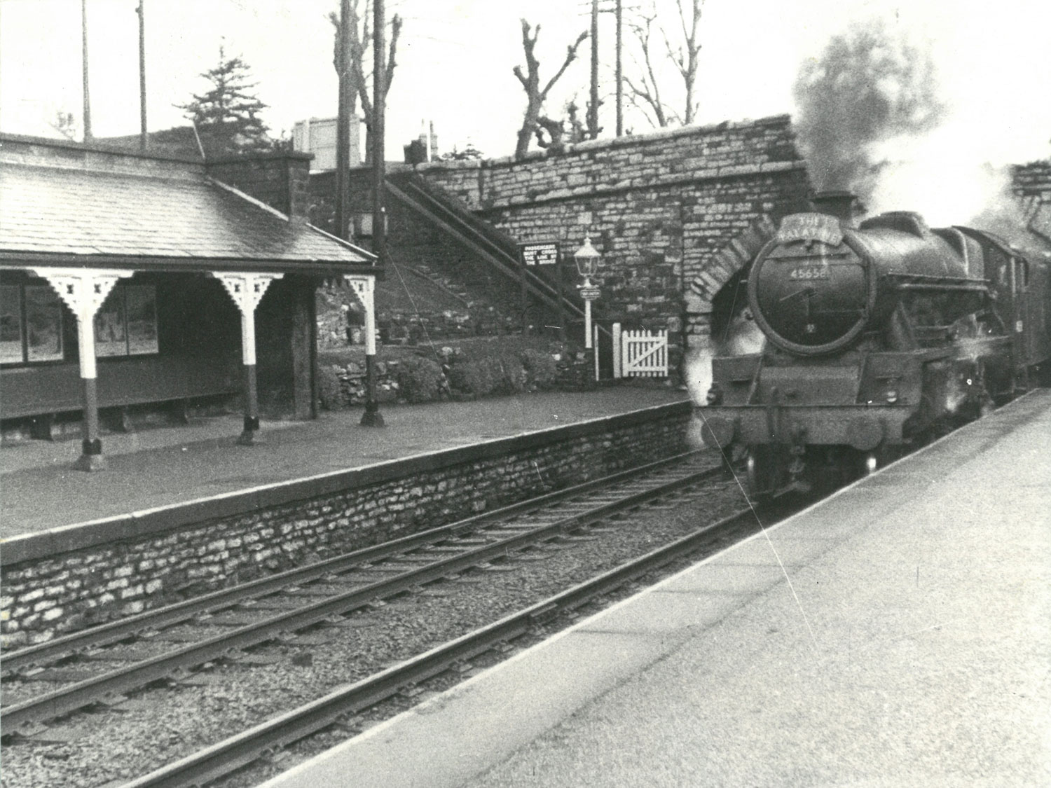 Train pulling into Great Longstone station